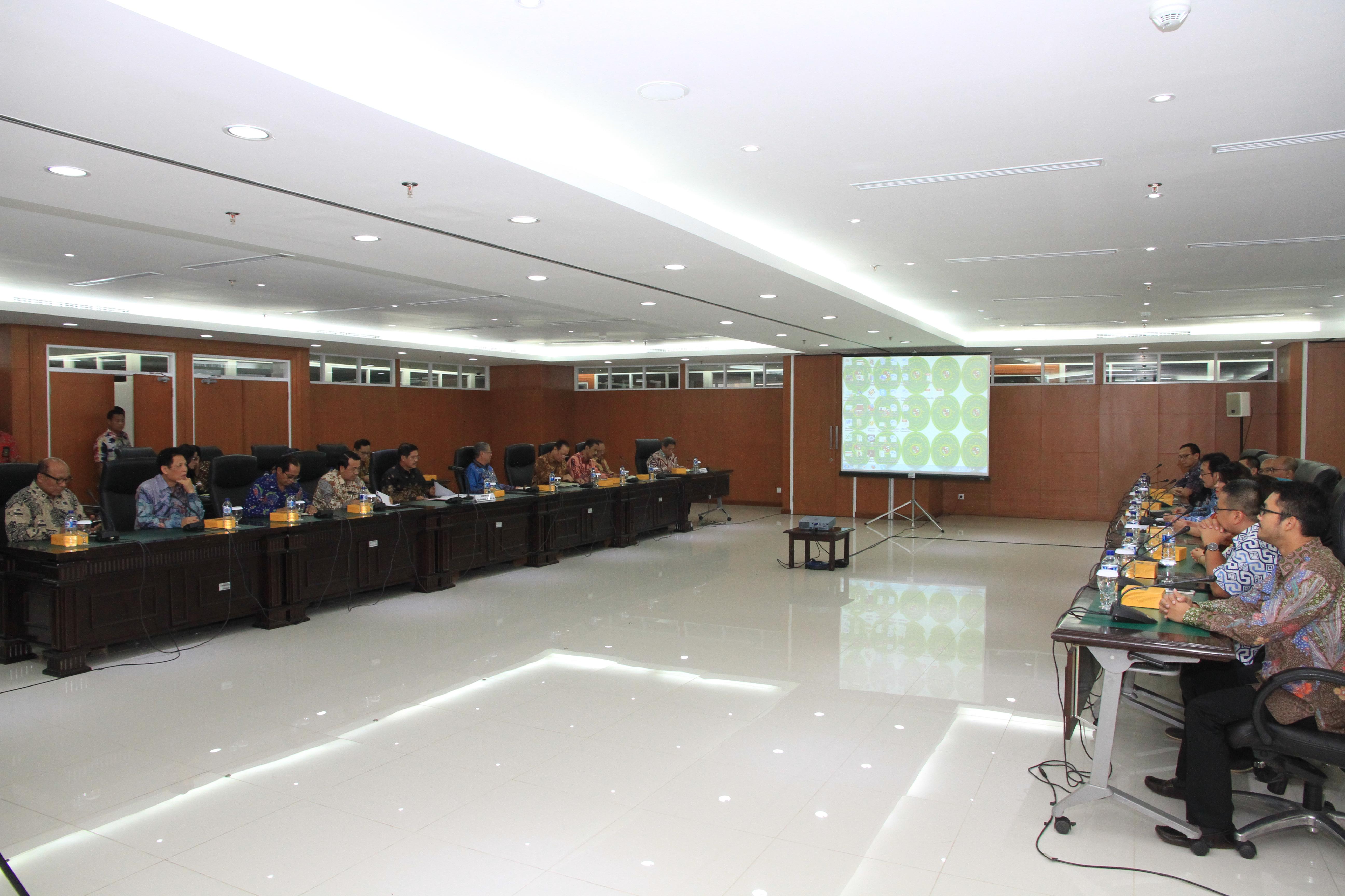 Pimpinan MA Menerima Tim Masyarakat Pemberdayaan Hukum Nasional