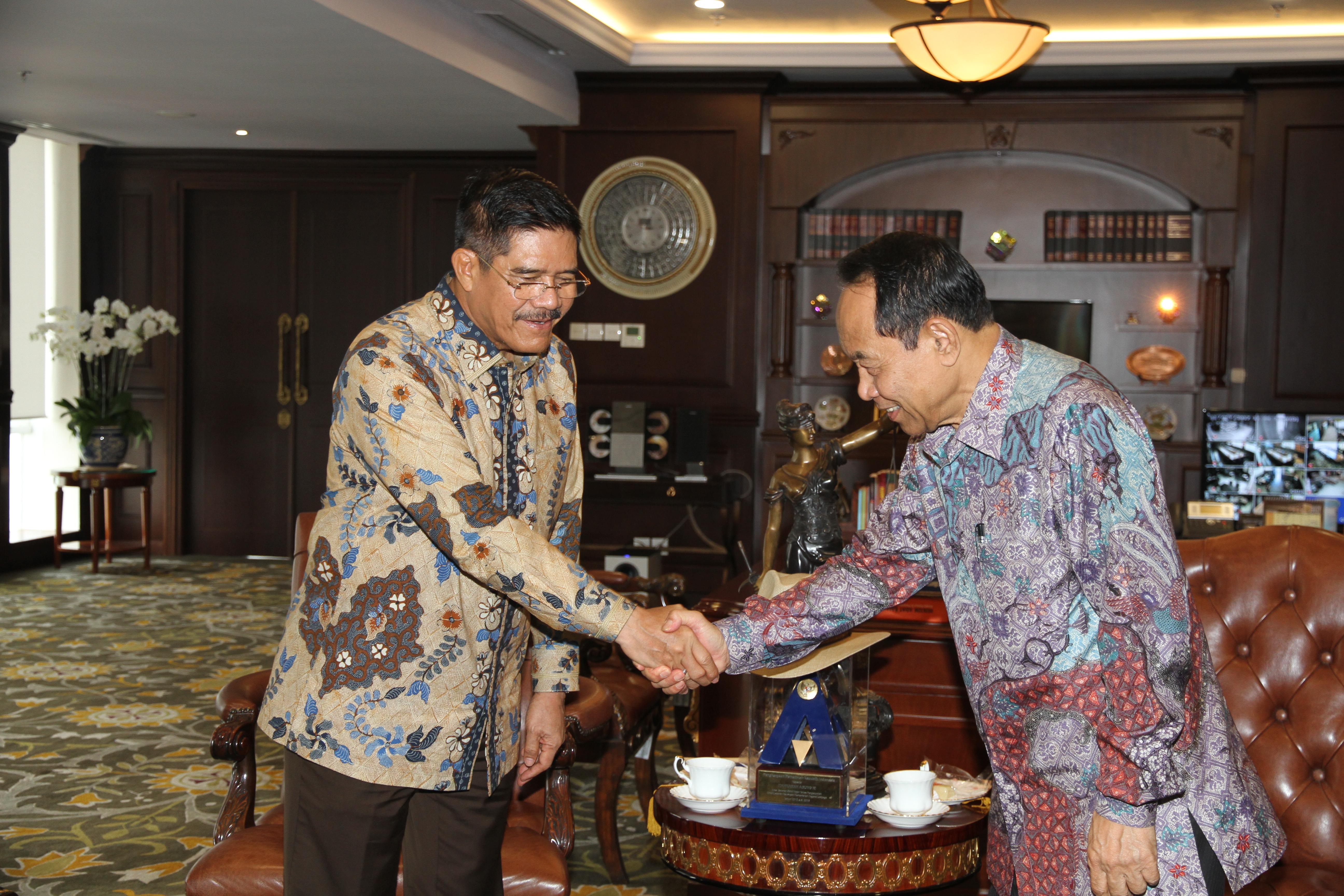 KUNJUNGAN DUTA BESAR INDONESIA UNTUK  PANAMA  KE MAHKAMAH AGUNG