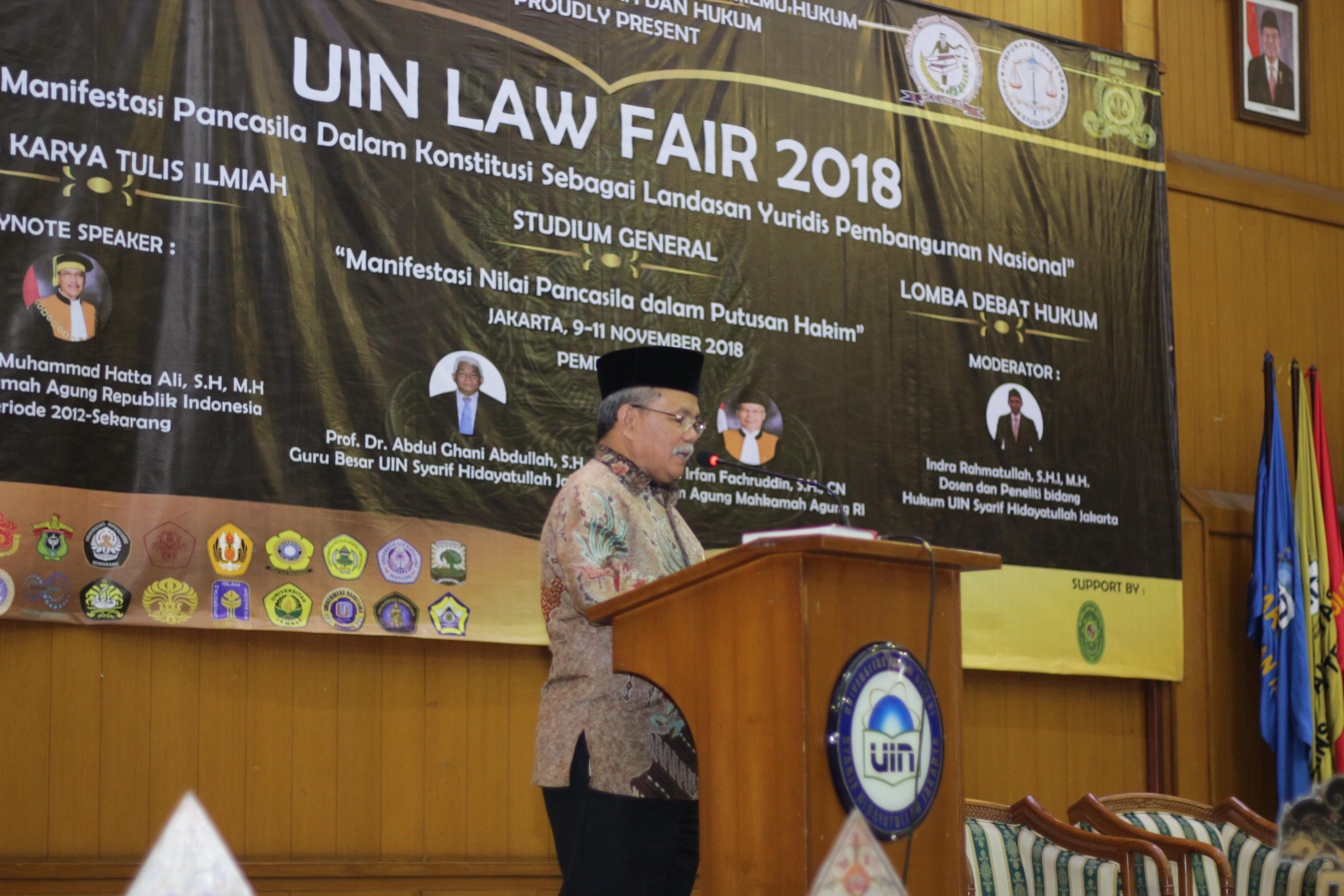UIN LAW FAIR 2018 PEREBUTKAN PIALA BERGILIR KETUA MAHKAMAH AGUNG