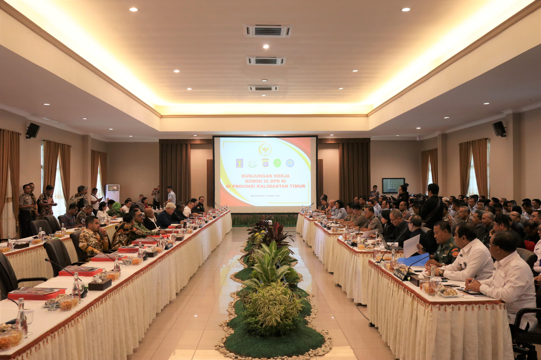 Kunjungan Kerja Komisi III DPR RI Ke Kalimantan Timur Dengan Mitra Penegak Hukum