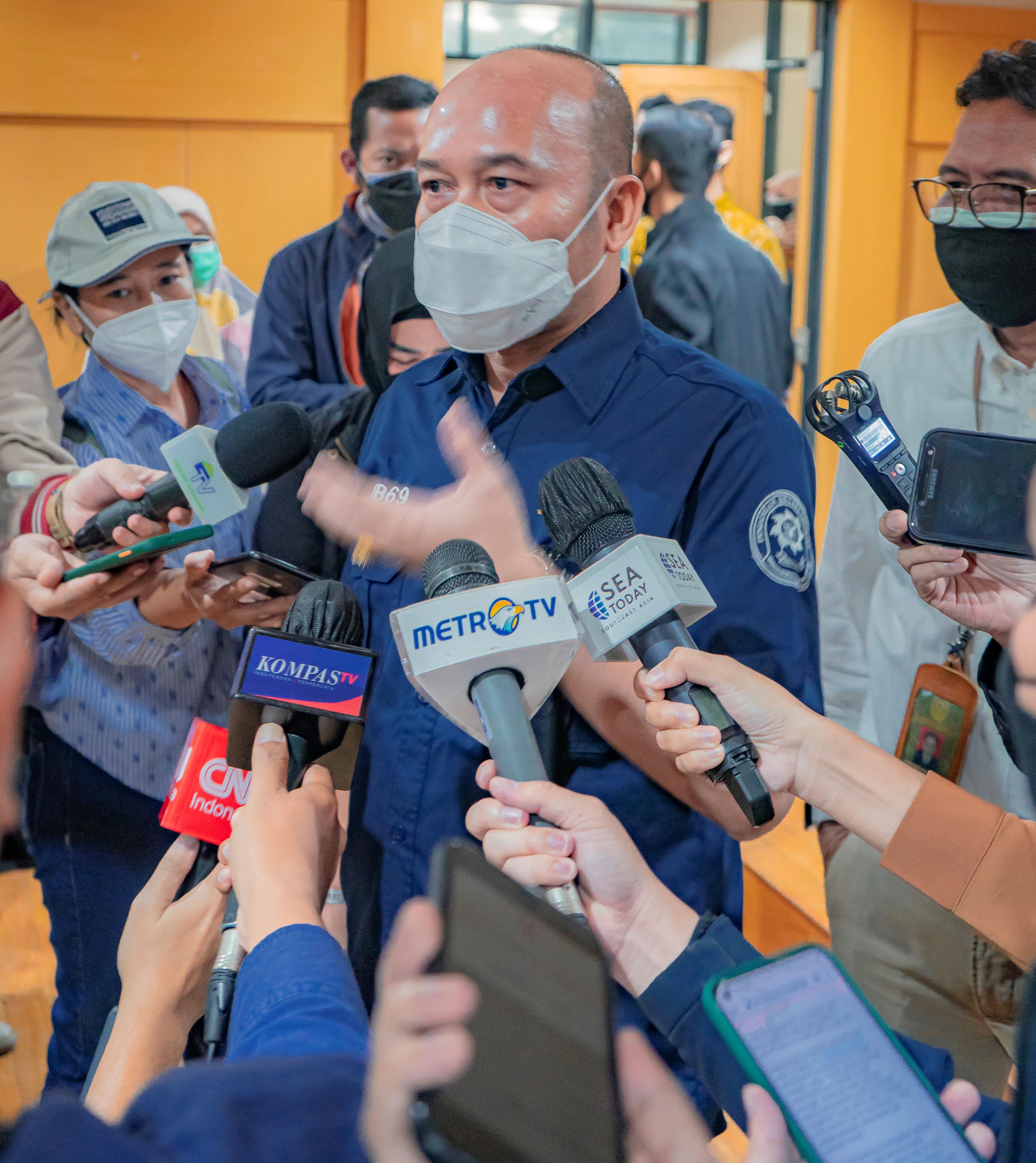 Dr. SOBANDI: SAYA SIAP 24 JAM MEMBANTU REKAN-REKAN MEDIA